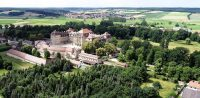 Schloss Weissenstein mit Park